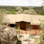 migration tented lodge tanzania 9