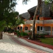 Mnarani Beach Cottages4